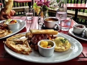 Best Calgary Breakfast Eats at the Laurier lounge